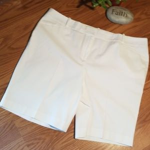 New talbots white shorts 16